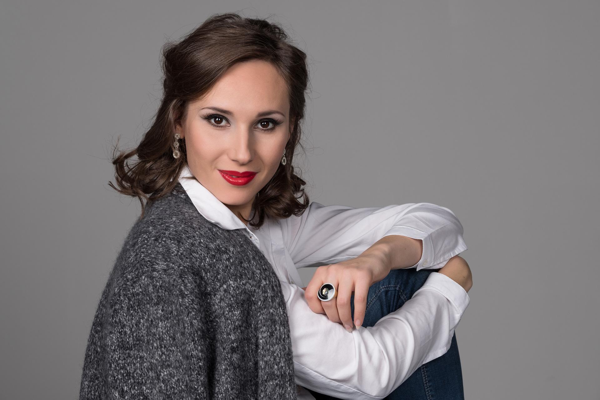 Maria Kataeva - Singer