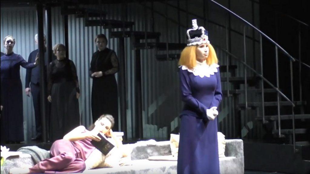 Maria Kataeva as Elisabetta I in Donizetti Maria Stuarda